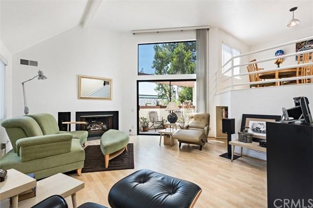 190 N Singingwood Street #1, Orange, CA 92869 (#OC17191978) :: RE/MAX New Dimension