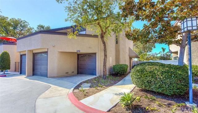 921 Hyde Court, Costa Mesa, CA 92626 (#PW17191838) :: DiGonzini Real Estate Group