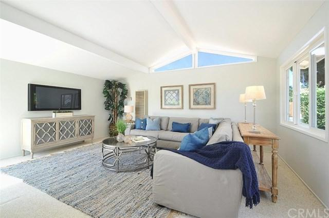 123 Camino De Las Colinas, Redondo Beach, CA 90277 (#PV17192040) :: Keller Williams Realty, LA Harbor
