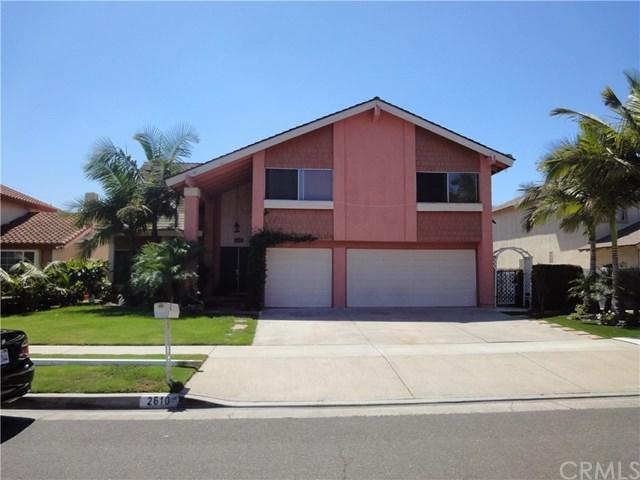 2610 W Hall Avenue, Santa Ana, CA 92704 (#PW17192064) :: RE/MAX New Dimension