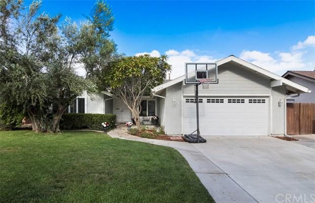 2810 N Flower Street, Santa Ana, CA 92706 (#PW17192025) :: RE/MAX New Dimension