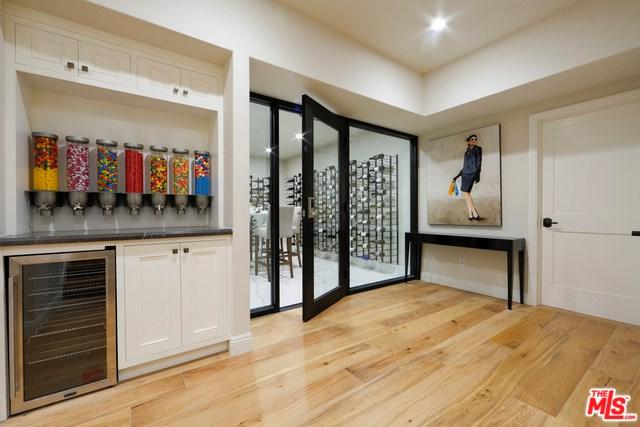 829 N Orlando Avenue, Los Angeles (City), CA 90069 (#17262336) :: TruLine Realty
