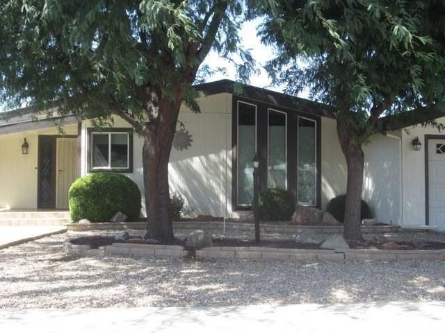 2954 Dogwood Way, Hemet, CA 92545 (#SW17192215) :: RE/MAX Estate Properties