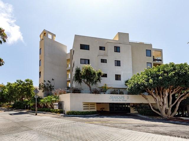 510 The Village #205, Redondo Beach, CA 90277 (#SB17192280) :: RE/MAX Estate Properties