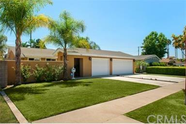 2468 W Lullaby Lane, Anaheim, CA 92804 (#WS17191506) :: RE/MAX New Dimension