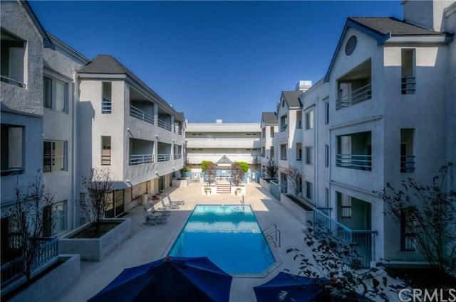 300 N El Molino Avenue #217, Pasadena, CA 91101 (#AR17192338) :: TruLine Realty