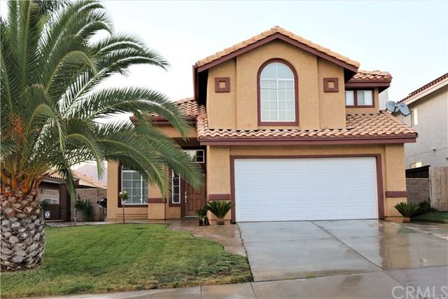 35096 Hollow Creek Dr, Yucaipa, CA 92399 (#IV17192412) :: RE/MAX Estate Properties