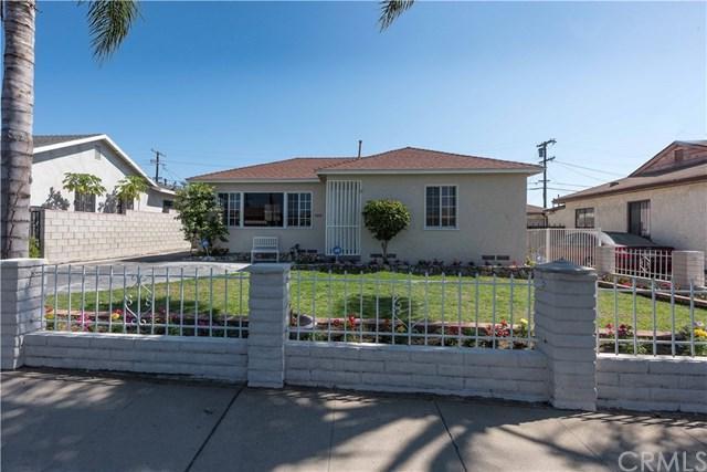 728 W 142nd Street, Gardena, CA 90247 (#CV17191365) :: Keller Williams Realty, LA Harbor