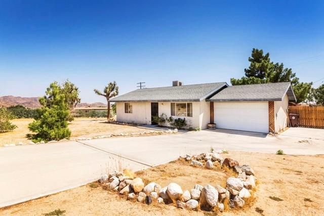 7187 Mecca Road, Joshua Tree, CA 92252 (#JT17192481) :: Keller Williams Realty, LA Harbor