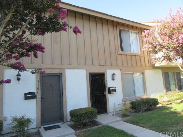 370 Carriage Drive B, Santa Ana, CA 92707 (#LG17189735) :: RE/MAX New Dimension