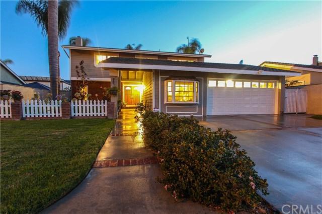 8572 Masters Drive, Huntington Beach, CA 92646 (#OC17192697) :: DiGonzini Real Estate Group