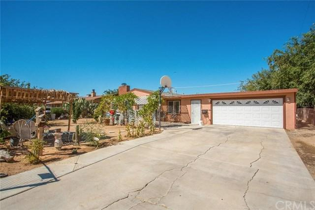 14374 Osage Road, Apple Valley, CA 92307 (#CV17192861) :: RE/MAX Estate Properties