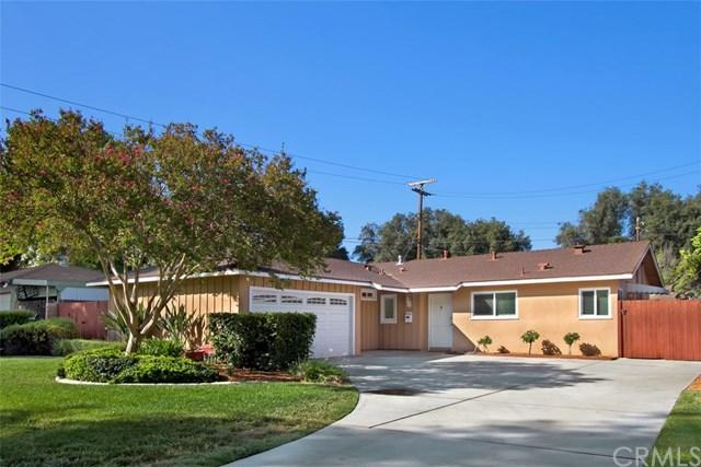 3866 Canterbury Road, Riverside, CA 92504 (#IV17192876) :: Carrington Real Estate Services