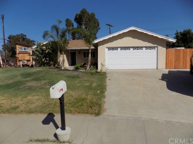 11210 Cambridge Street, Riverside, CA 92503 (#CV17193114) :: Carrington Real Estate Services