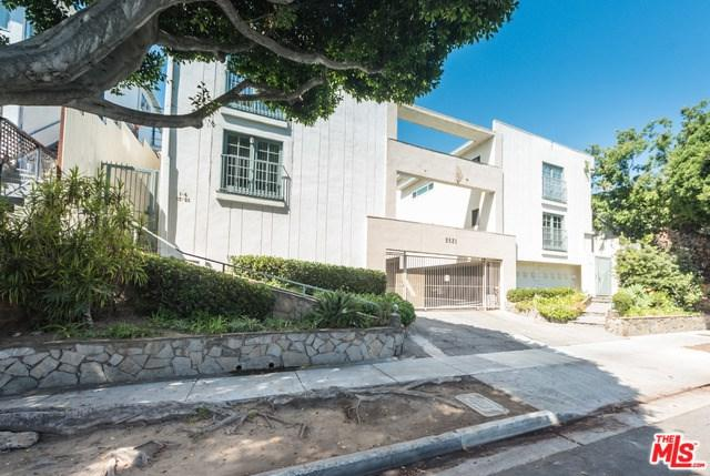 2621 Centinela Avenue #10, Santa Monica, CA 90405 (#17262164) :: Erik Berry & Associates