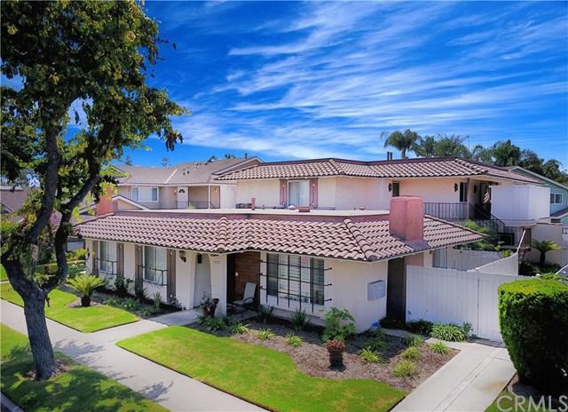 6222 Warner Avenue, Huntington Beach, CA 92647 (#PW17193339) :: Kato Group