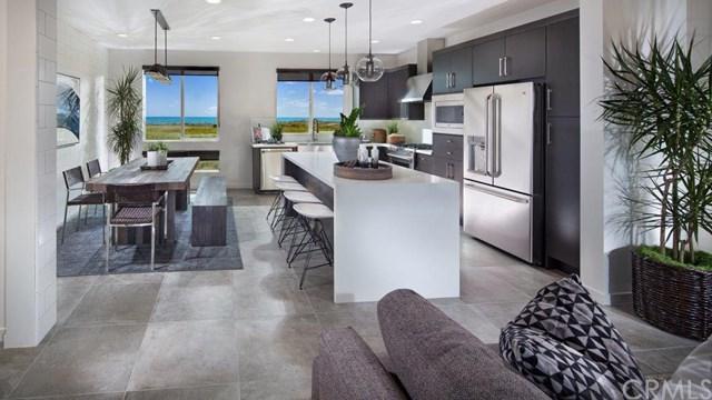 1035 Leece Drive, Costa Mesa, CA 92627 (#OC17193404) :: DiGonzini Real Estate Group