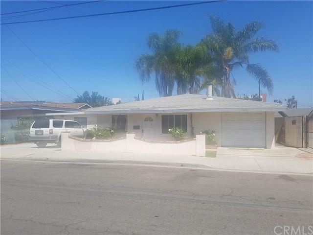 7891 Cypress Drive, Huntington Beach, CA 92647 (#PW17193422) :: DiGonzini Real Estate Group