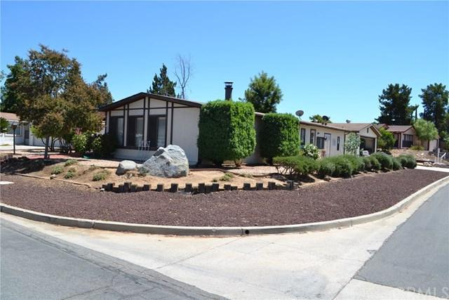33878 Plowshare Road, Wildomar, CA 92595 (#SW17193625) :: Kristi Roberts Group, Inc.