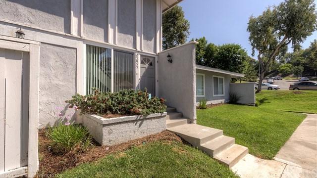 25855 Via Pera #15, Mission Viejo, CA 92691 (#OC17191815) :: DiGonzini Real Estate Group