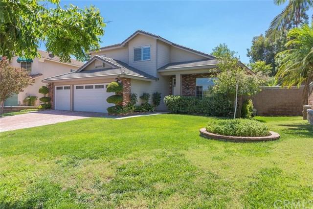 1554 Cedar Pines Drive, Corona, CA 92881 (#IG17187878) :: The Val Ives Team