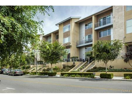 726 Rockefeller, Irvine, CA 92612 (#PW17194133) :: DiGonzini Real Estate Group