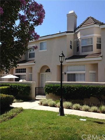 2300 Maple Avenue #6, Torrance, CA 90503 (#PV17194154) :: Erik Berry & Associates