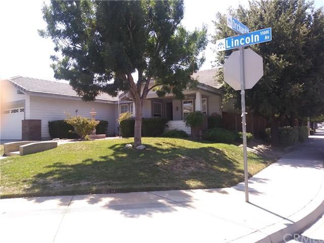 5535 Lincoln Avenue, Hemet, CA 92544 (#DW17194215) :: The Val Ives Team