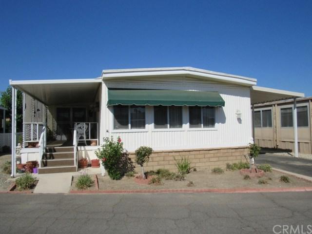 332 N Lyon Avenue #97, Hemet, CA 92543 (#SW17194527) :: Kristi Roberts Group, Inc.