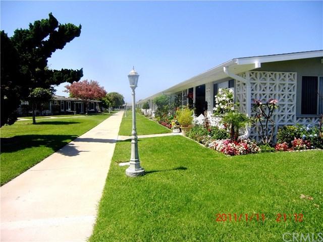 1562 Merion Way 36A, Seal Beach, CA 90740 (#PW17194592) :: Kato Group