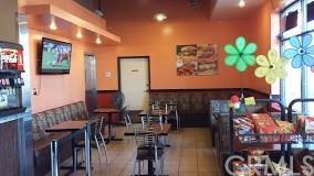 515 Long Beach Boulevard, Long Beach, CA 90802 (#WS17195042) :: Kato Group