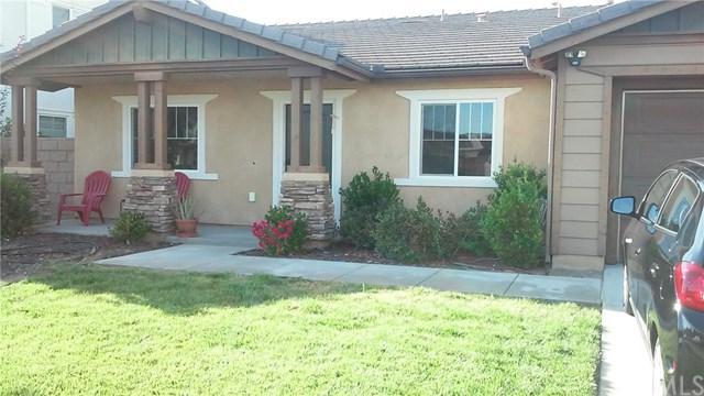 246 Carnelian Street, Hemet, CA 92543 (#SW17192735) :: Kristi Roberts Group, Inc.