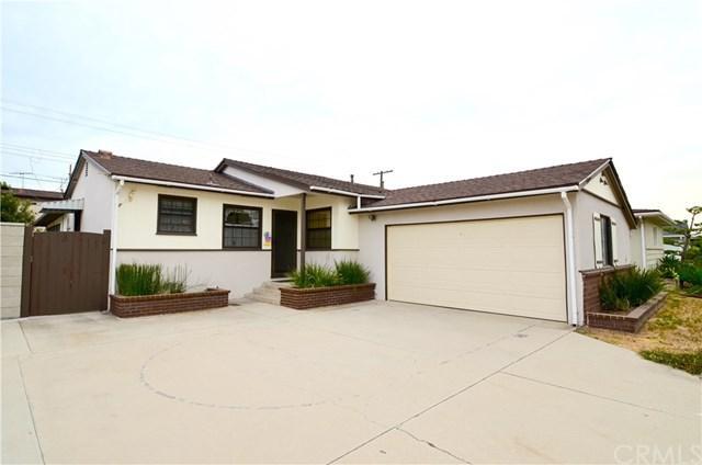 2218 W 181st Street, Torrance, CA 90504 (#SB17195317) :: Erik Berry & Associates