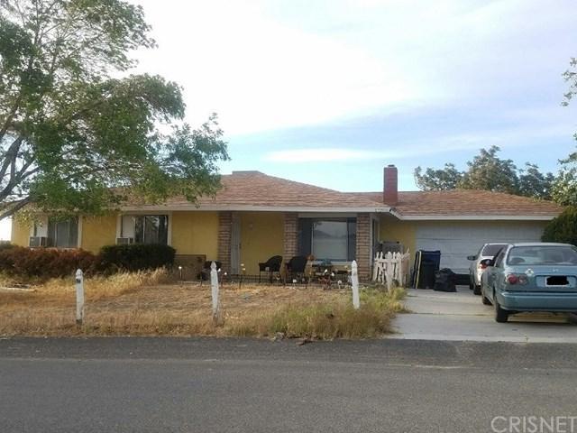 17205 Biglake Avenue, Lake Los Angeles, CA 93591 (#SR17195948) :: Impact Real Estate