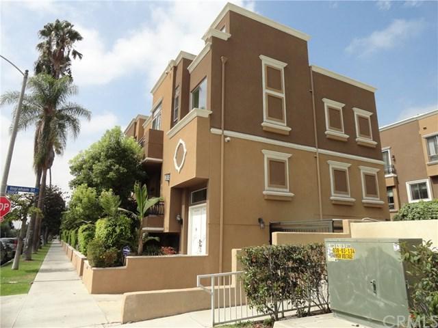 681 S Norton Avenue #108, Los Angeles (City), CA 90005 (#PV17191946) :: Erik Berry & Associates