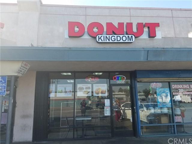 2608 Anaheim Street, Long Beach, CA 90804 (#PW17201417) :: RE/MAX Masters