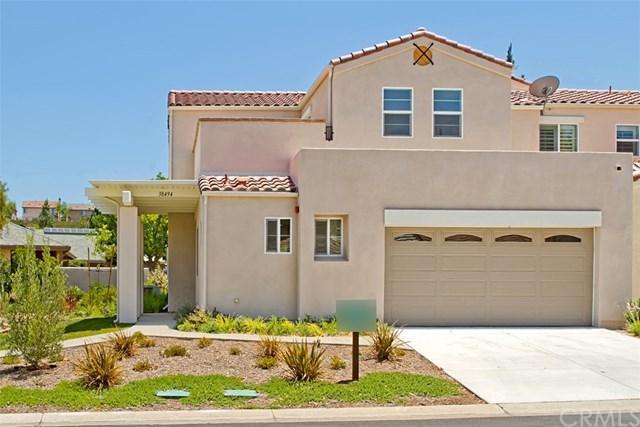 38494 Glen Abbey Lane, Murrieta, CA 92562 (#SW17213154) :: Dan Marconi's Real Estate Group