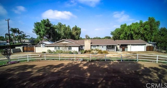 3100 Hillside Avenue, Norco, CA 92860 (#IG17212757) :: Provident Real Estate