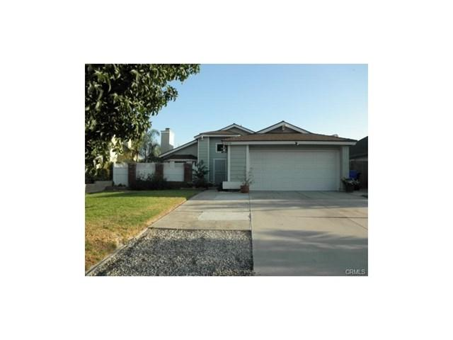 10414 Latour Lane, Jurupa Valley, CA 91752 (#IG17213641) :: Provident Real Estate