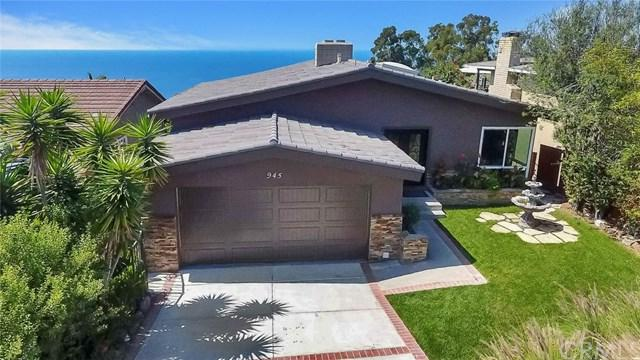 945 Katella Street, Laguna Beach, CA 92651 (#OC17216437) :: Doherty Real Estate Group