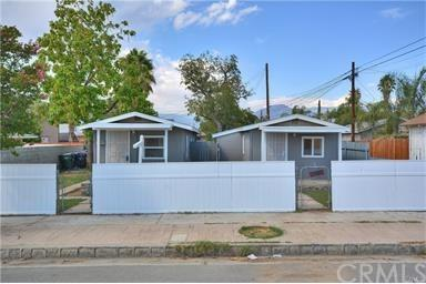 103 E Western Avenue, Redlands, CA 92374 (#TR17216736) :: The DeBonis Team