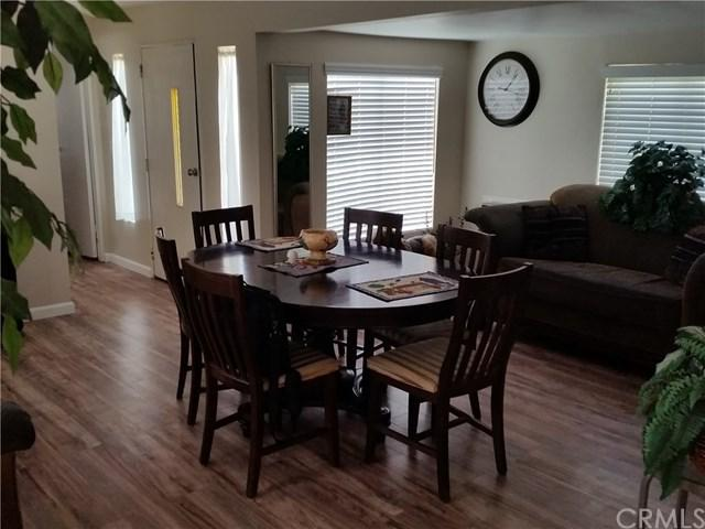 25806 Creag Avenue, Homeland, CA 92548 (#SW17216781) :: Dan Marconi's Real Estate Group