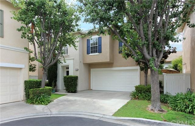 16 Mulholland Court, Mission Viejo, CA 92692 (#OC17214972) :: Doherty Real Estate Group