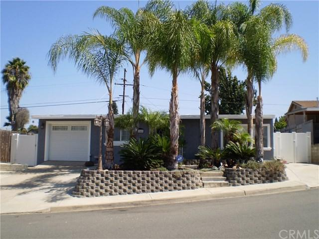 3245 52nd Street, San Diego, CA 92105 (#SW17217102) :: Carrington Real Estate Services