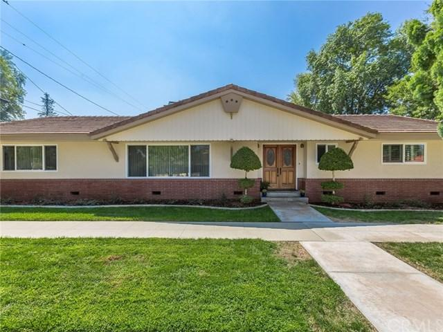4908 Cliffside Drive, Riverside, CA 92506 (#IV17217369) :: The DeBonis Team