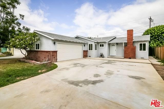 1327 E Locust Avenue, Orange, CA 92867 (#17272366) :: The Darryl and JJ Jones Team