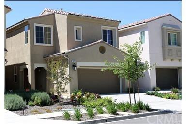 11822 Cobblestone Place, Yucaipa, CA 92399 (#IV17217366) :: Angelique Koster