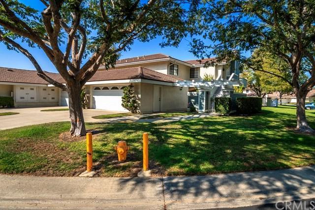 5587 E Stetson Court #53, Anaheim Hills, CA 92807 (#IG17217027) :: The Darryl and JJ Jones Team