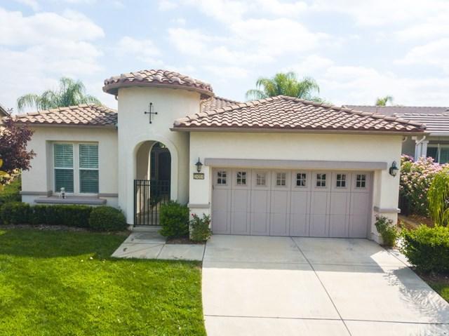24004 Snowberry Court, Corona, CA 92883 (#IG17217113) :: Provident Real Estate
