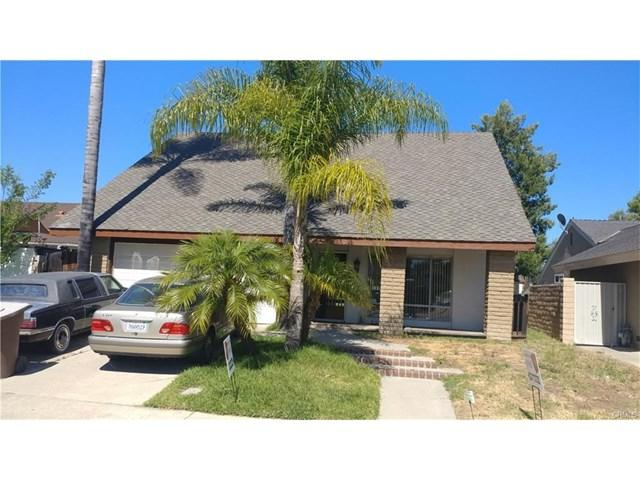 25502 Oak Leaf Rd, Laguna Hills, CA 92653 (#PW17217833) :: Doherty Real Estate Group